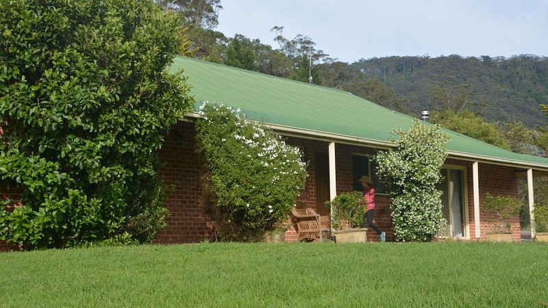 Charlie & Roy's Farm Stay Berry, holiday rental in Berry