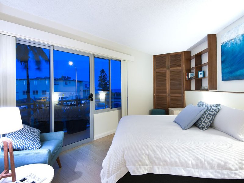 WATERVIEW BEACH APARTMENT/Summer Discounts Now, holiday rental in North Narrabeen