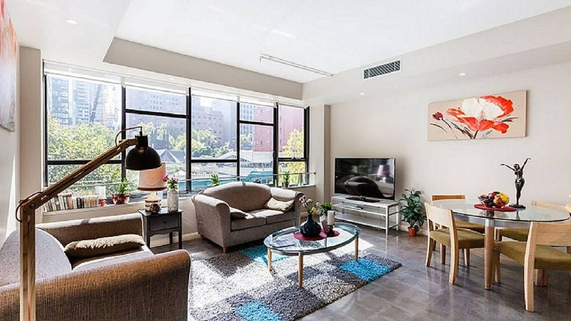 Your Spacious Home in the heart of Melbourne with 3BR Apartment, holiday rental in Melbourne