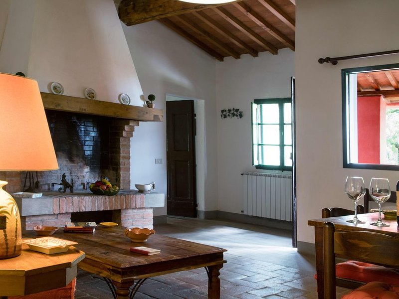 Collines toscanes - architectes paysagistes VILLE PROSPEROCAMINO, holiday rental in Montefoscoli