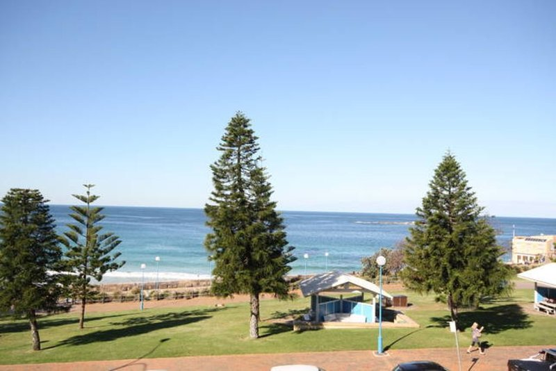 Coogee Beach-side Retreat, holiday rental in Maroubra