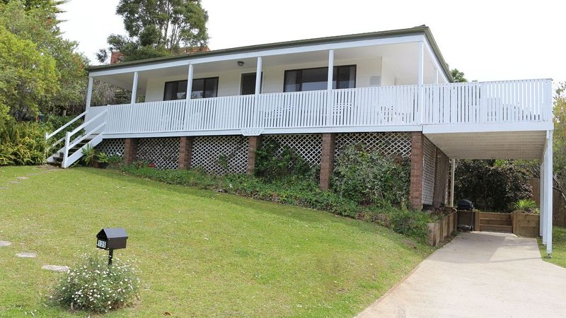Truly Pet Friendly Beach House, holiday rental in Narrawallee
