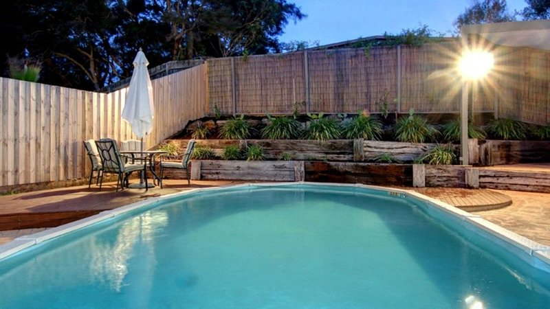 Seaesta Rye - Just Relax by the Pool, vacation rental in Rye
