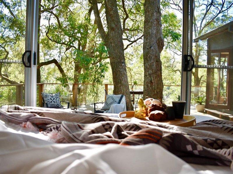 Homeaway 2018 Bronze award for Unique accommodation overlooking Kangaroo River, vacation rental in Kangaroo Valley