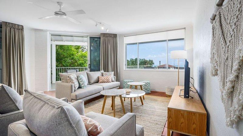 Modern & comfortable apartment close to the beach, Sunshine Beach, alquiler vacacional en Sunrise Beach