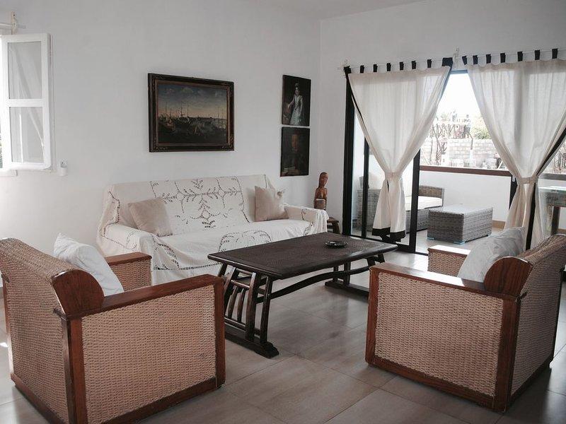 RESIDENCE DE LA BAIE ,SENTIRSI A CASA CON I SERVIZI DI UN HOTEL, location de vacances à Dzamandzar