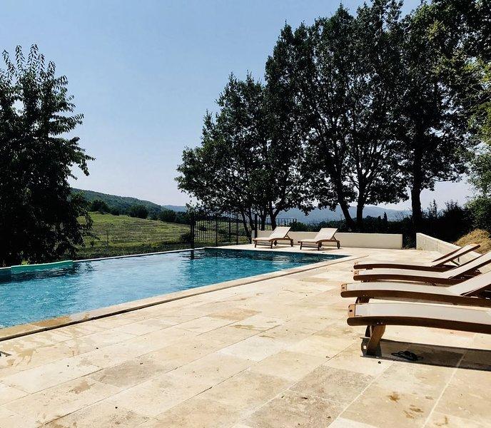 Maison de Campagne de charme, Forcalquier, Provence, Luberon, holiday rental in Niozelles