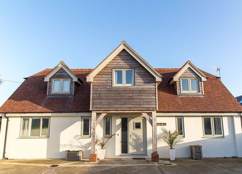 Luxury Seaside Holiday House, location de vacances à Bracklesham Bay