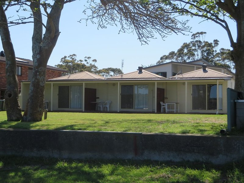 Lorsens on the River - Cabin 1, holiday rental in Nowra