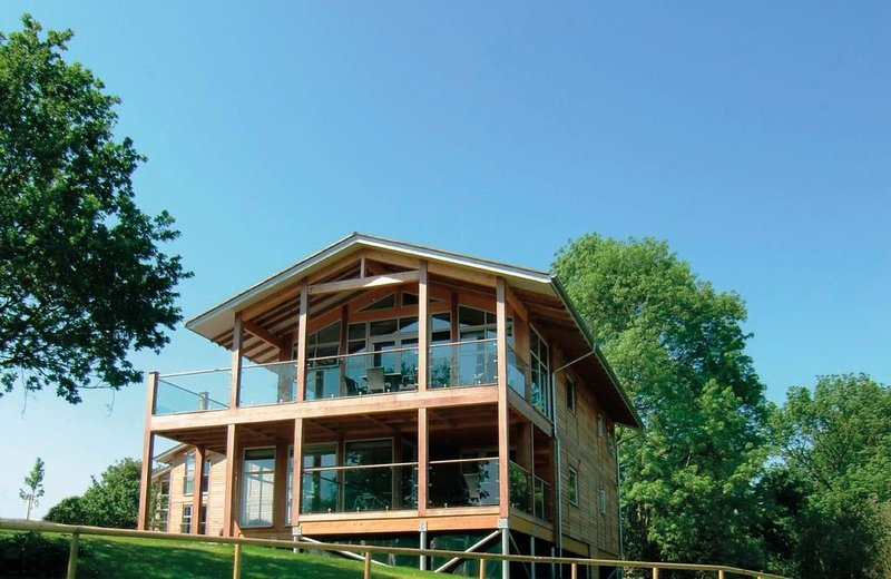 Scarlet Pimpernel comprises two of ten luxury lodges  in peaceful Suffolk Consta, holiday rental in Nayland