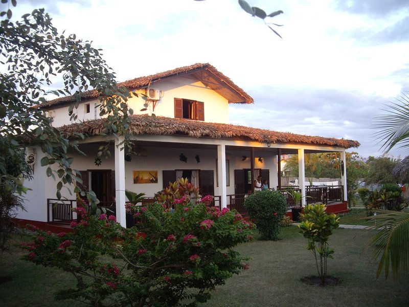 Villa Zakia à Madirokely, Nosy Be, vacation rental in Dzamandzar