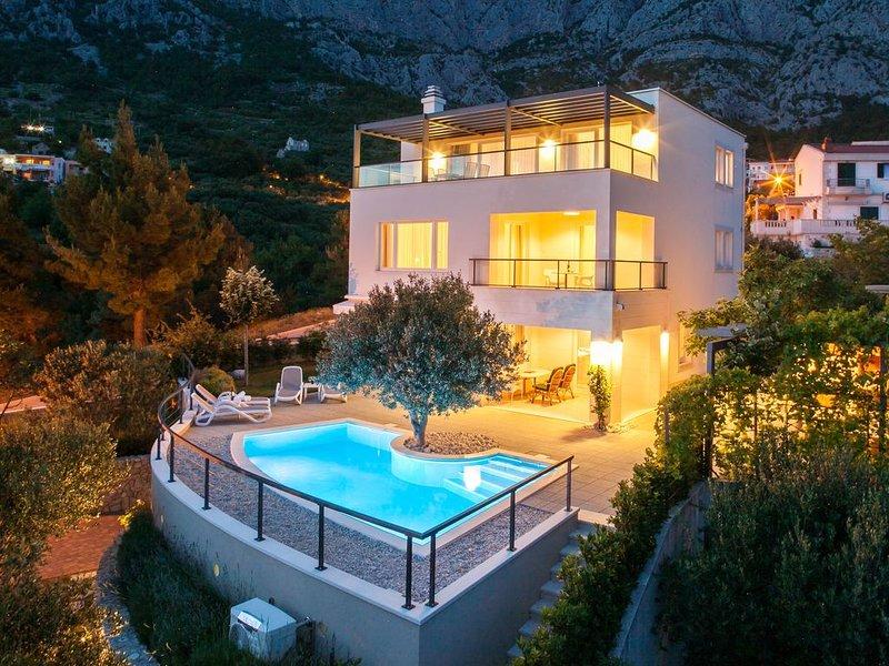 Villa Lukić *****, Makarska, location de vacances à Makarska