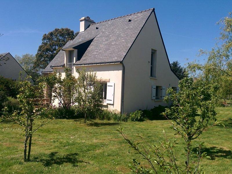 Maison proche bourg et plage (ile arz), holiday rental in Ile-aux-Moines