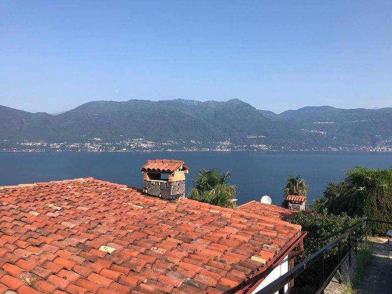 6 persoons -Vakantiewoning (appartement) Villa Belmonte, vacation rental in Brezzo di Bedero