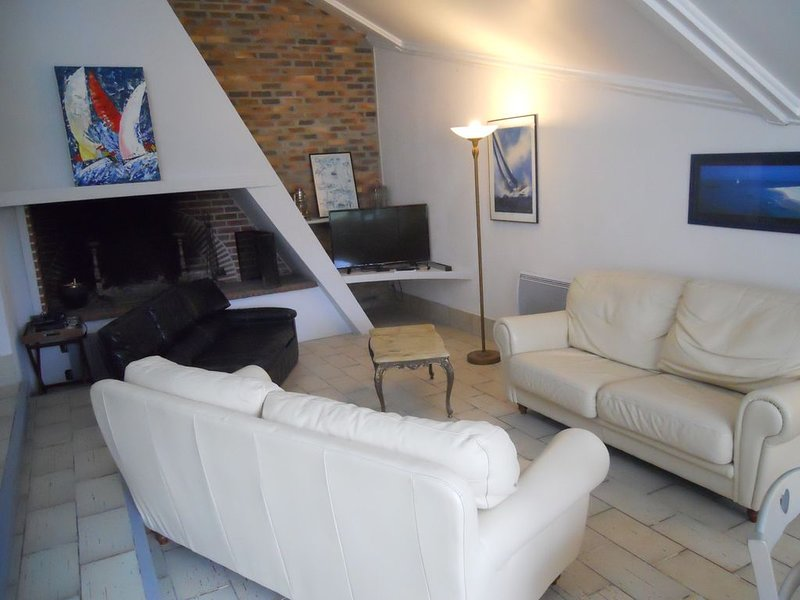 Maison de vacances en bord de mer, holiday rental in Ranville
