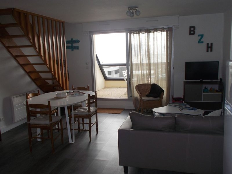 Appartement duplex tout confort vue mer 2 chambres dans une résidence calme, location de vacances à Guidel-Plage