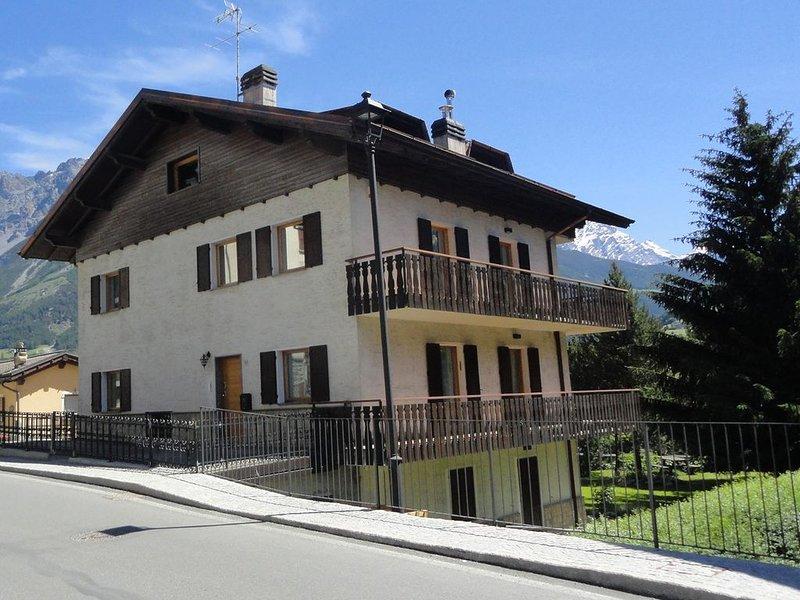 La Casa di Armando Apartments Bormio, location de vacances à Valdisotto