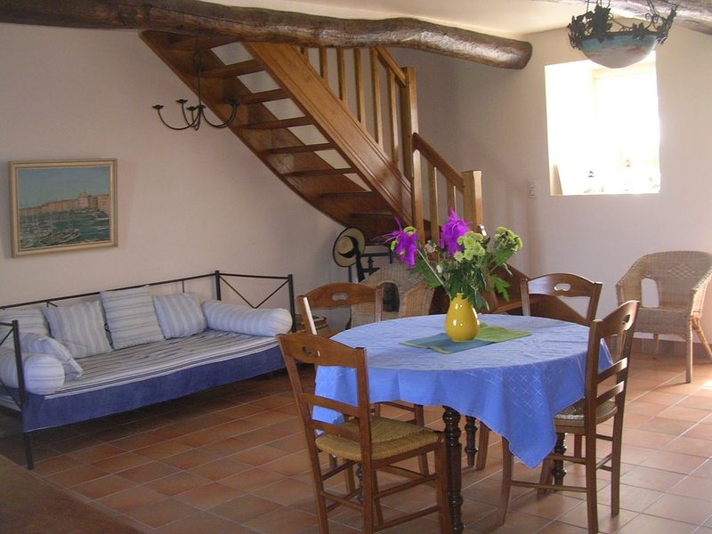 Amazing house with garden & terrace, holiday rental in Belz