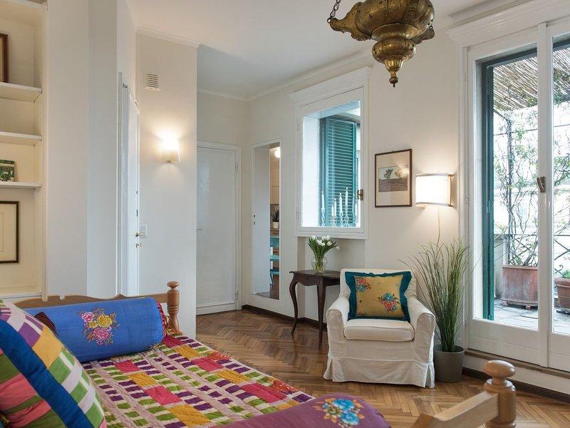 Enchanting flat x 3 with terrace _ Duomo & Fashion Design District, vacation rental in Milan