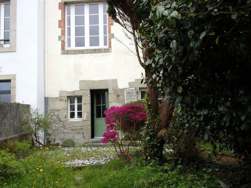 Grande maison de caractère centre ville de Quimper 110 m2, vacation rental in Quimper