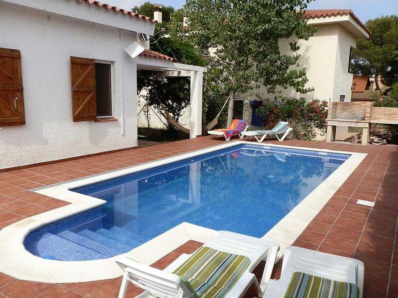 PRECIOSA VILLA 13 PERS.+PISCINA PRIVADA. EN L'AMPOLLA (Tarragona), alquiler de vacaciones en L'Ampolla