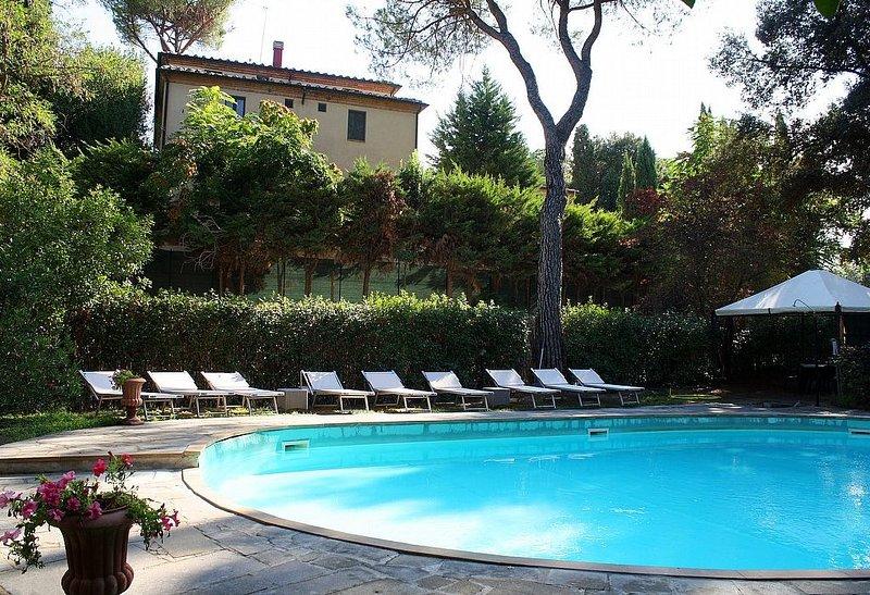 Villa Davide N, rimborso completo con voucher*: Un accogliente appartamento nell, holiday rental in Chiusi