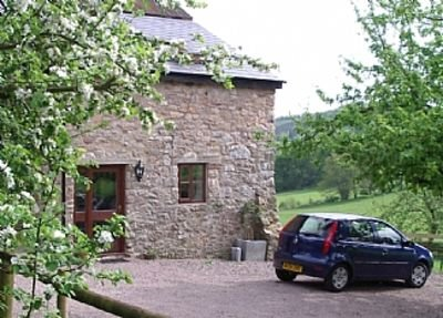 The Apple Store, Great Doward In The Wye Valley, vacation rental in Herefordshire