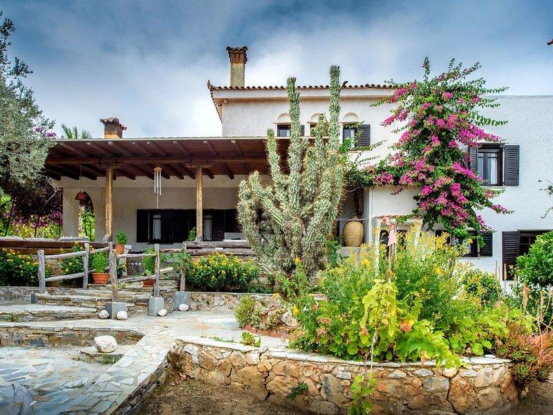 Farm Villa Dova, casa vacanza a Eubea
