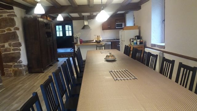 Casa rural (alquiler íntegro) Caserío Indakoborda para 18 personas, vacation rental in Bertizarana