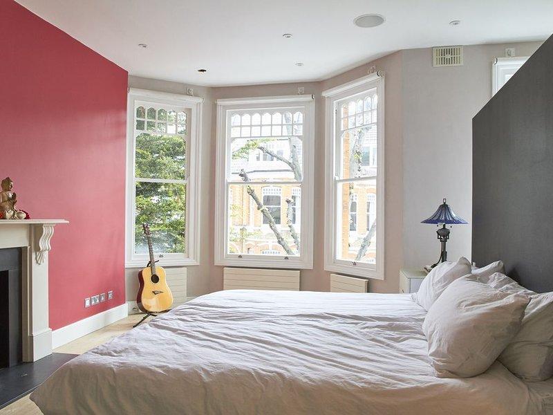 AMAZING Victorian Home- Heart of Highbury London, holiday rental in Harringay