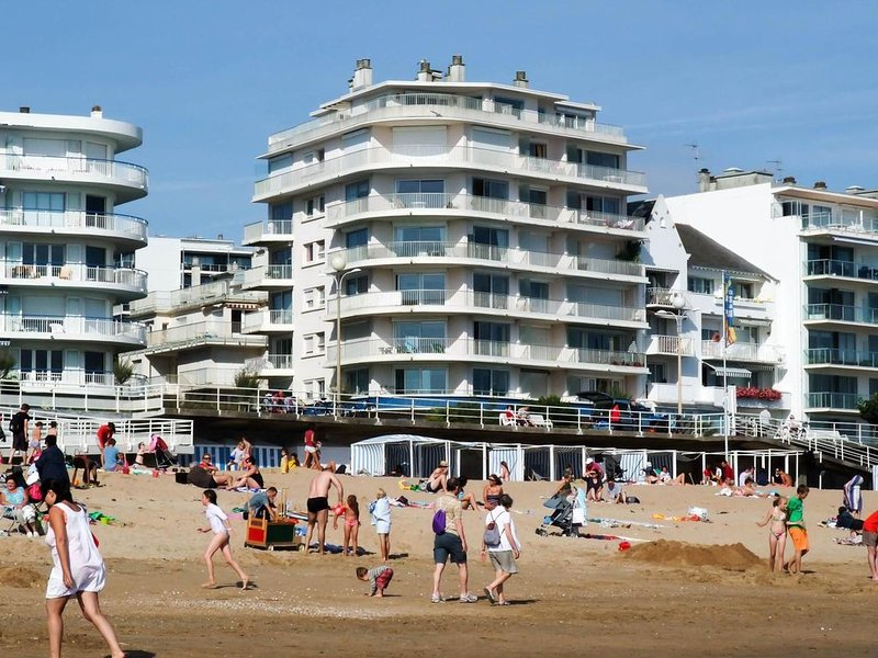 Studio bord de plage en plein milieu de la grande plage de La Baule, holiday rental in Loire-Atlantique