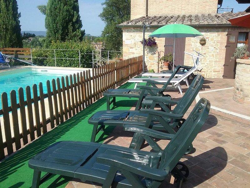 Appartamento  a 10 min dal centro con vista sulla bellissima campagna toscana, vacation rental in San Rocco a Pilli
