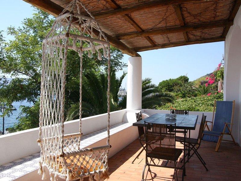 La terrazza sul mare, casa vacanza a Santa Marina Salina
