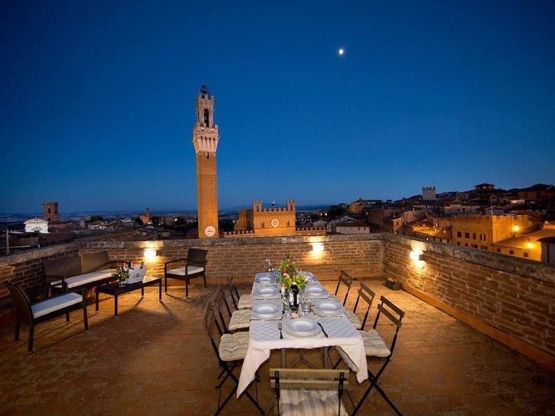 TORRE DEL CAMPO - Three Bedroom Apartment, Sleeps 5, holiday rental in Moltacino