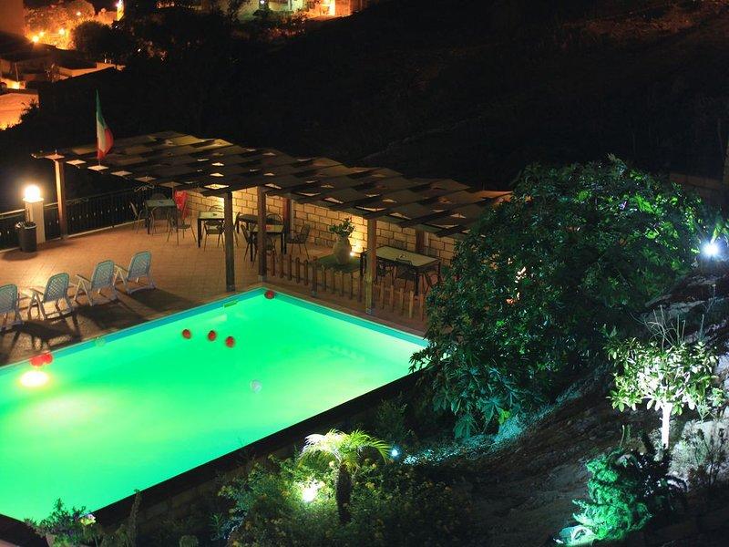 B&B Montemare-Struttura intera, vacation rental in Raffadali