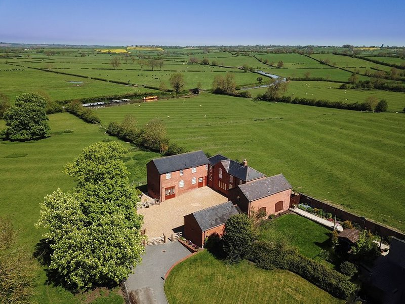 Chestnut Barn, Westfield Country Barns, Braunston, holiday rental in Weedon