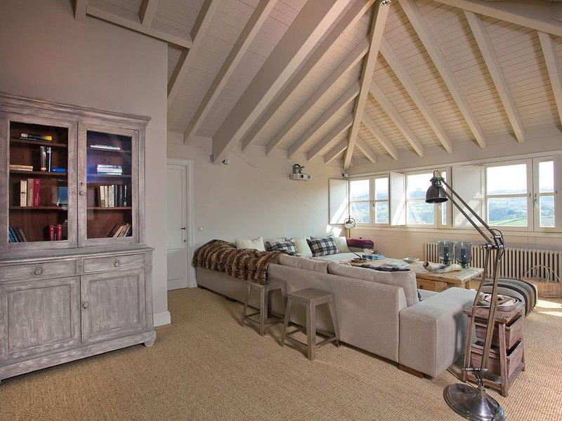 Living room Villa Club Palacio de Miravalles