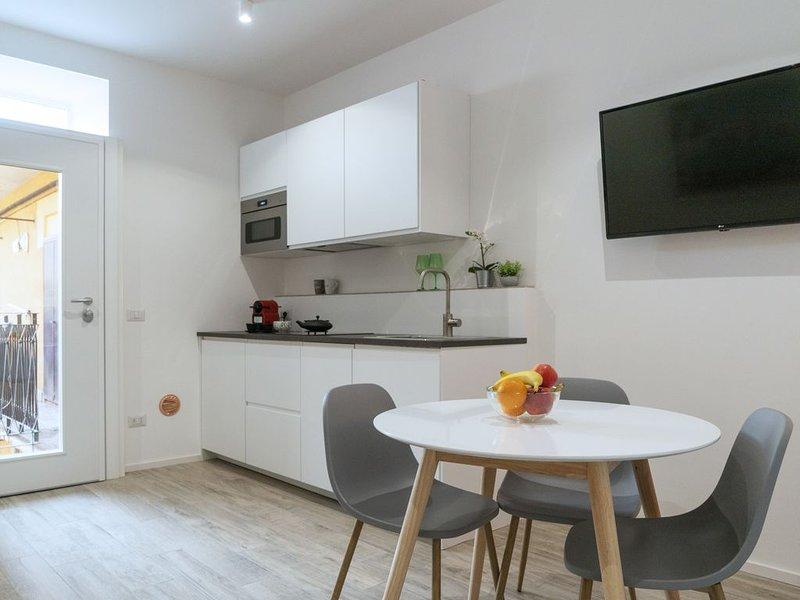 MI Home Navigli - appartamento di pregio nel cuore del design district, location de vacances à Pontesesto