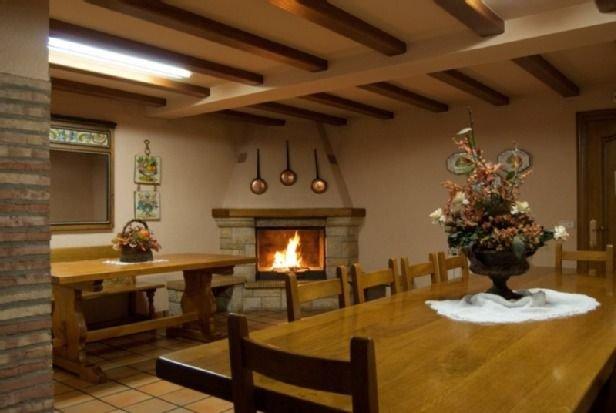 Casa Senda Bardenas para 15 personas, location de vacances à Ainzon