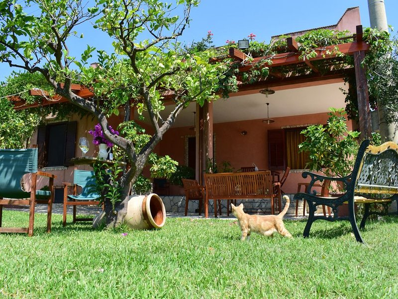 Casa vacanze 'Agareni', vacation rental in Menfi