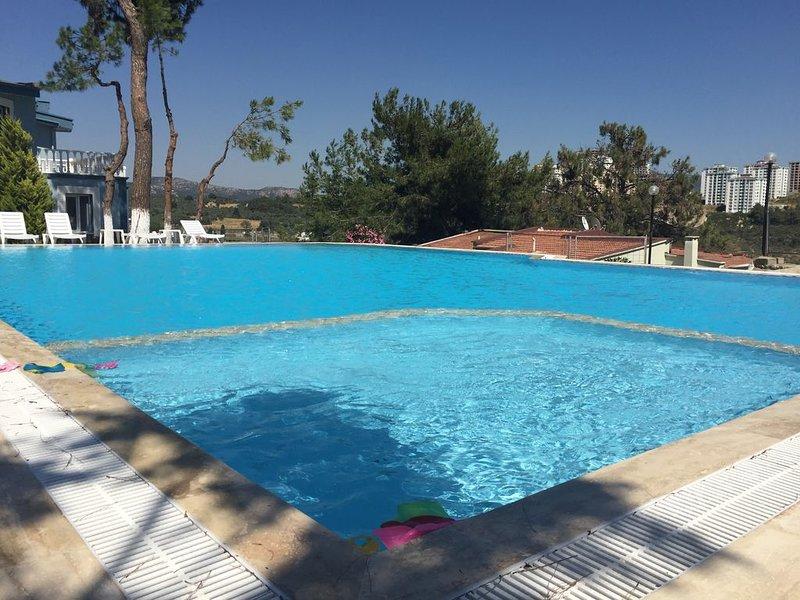 The Family Friendly Villa (New listing), vacation rental in Sogucak