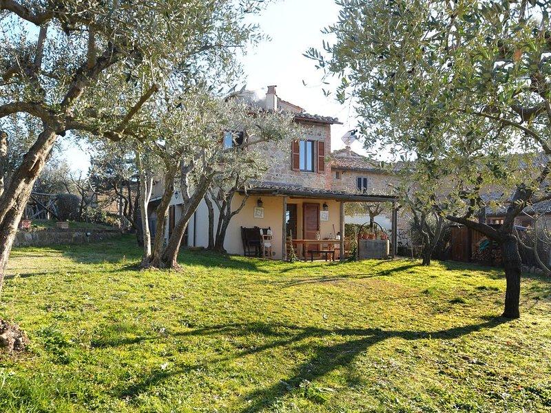 La Casa di Annavittoria/il giardino nel borgo di Monticchiello, vacation rental in Pienza
