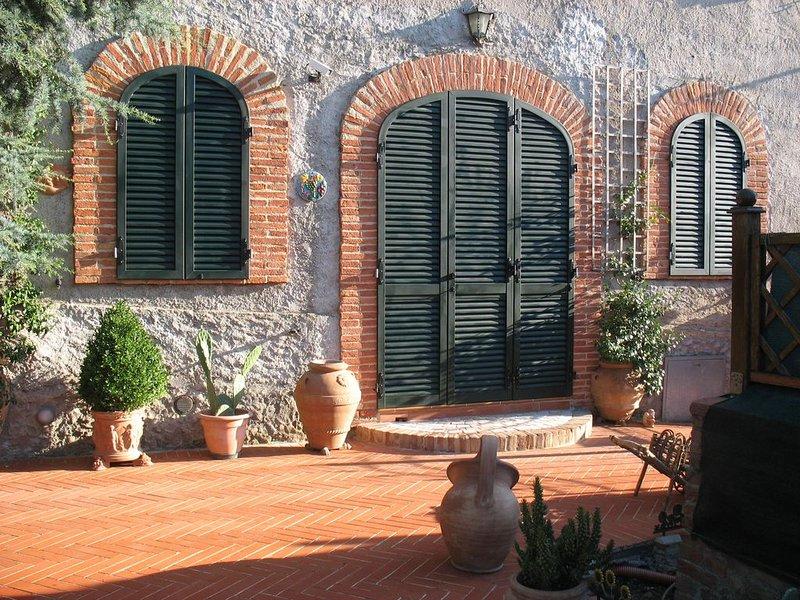 Soggiorni speciali a  Casa Luisa nel relax delle colline senesi, holiday rental in Carpineta