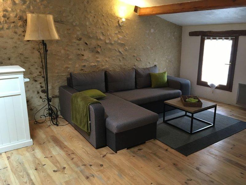 Appartement de charme avec terrasse ombragée, location de vacances à Valensole