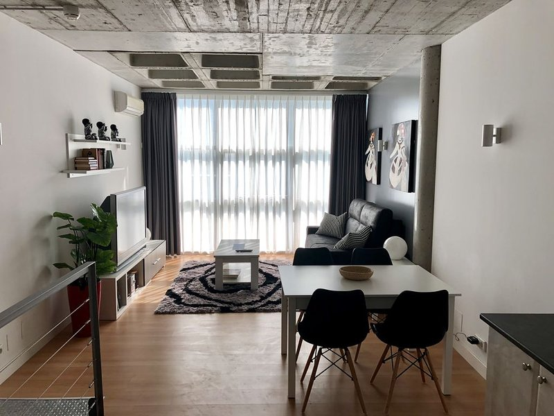 Loft Madrid. Leganes, Comunidad de madrid, vacation rental in Leganes