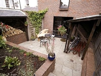 Eighteenth Century Character Town House 2 minutes from Alnwick Castle, vacation rental in Alnwick