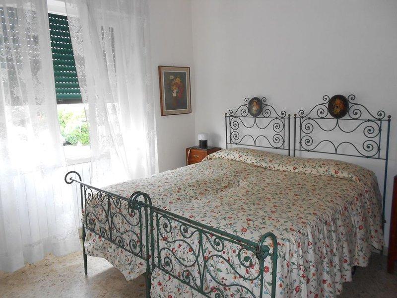 La Casa del Mare, con giardino, indipendente ARIA CONDIZIONATA- 150m dal Mare -, aluguéis de temporada em Cecina