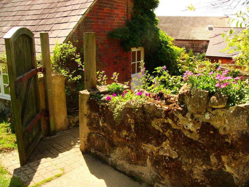 Barn Cottage on The Garlic Farm on the Isle of Wight - Sleeps 4, casa vacanza a Sandown