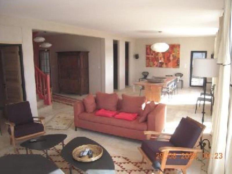 Grande Villa de Caractère sur le front de mer avec sauna, baby foot, billard..., vacation rental in Lanveoc