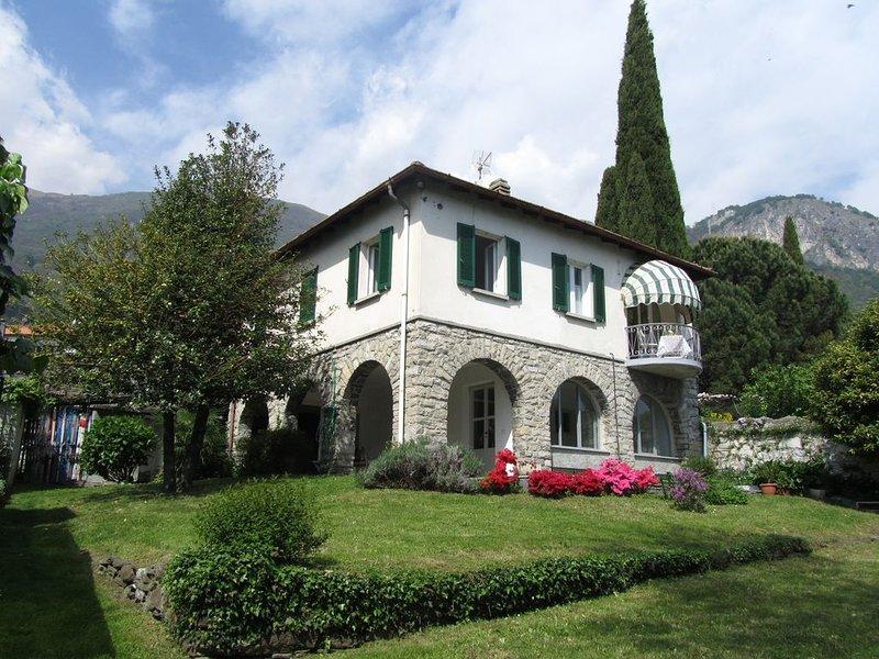 Situata in una delle zone più tranquille del lago di Como, la casa è ubicata  in, holiday rental in Musso